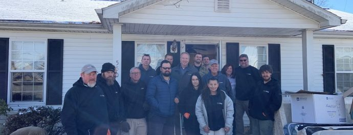 Paul Davis Volunteers with HOTEL INC
