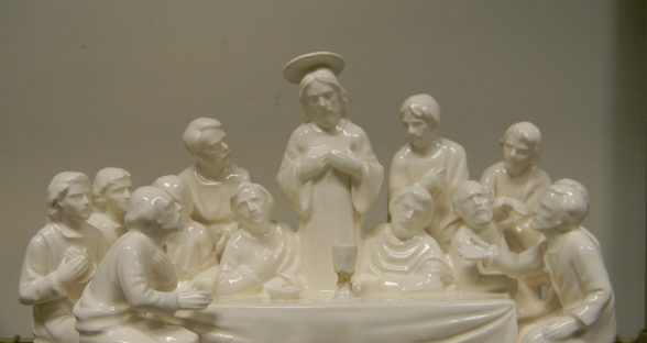 Porcelain Figurine after ultrasonic cleaning